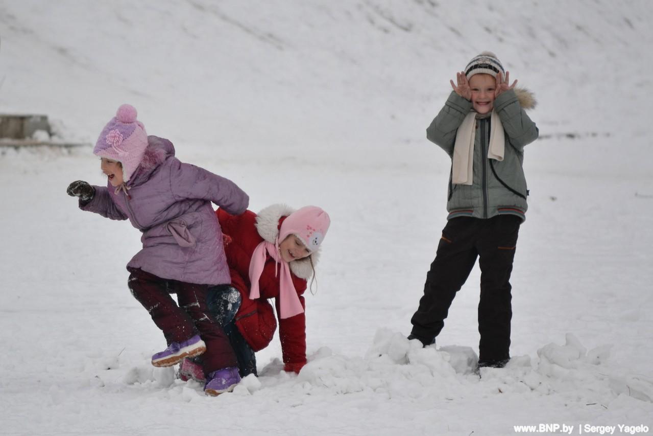 Зима в городе фото дети