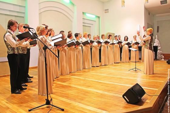 29-dekabrya-rozhdestvenskiye-peniya-06