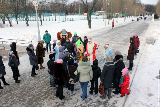 Rozhdestvenskiy-tramvay-ezdit-po-Minsku-6-7-janvarya-07