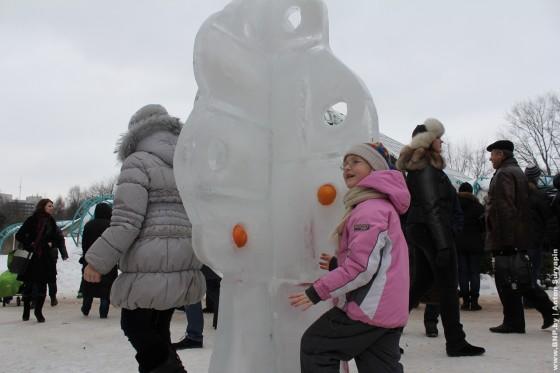 Festival-ledovih-skulptur-v-Minske-2013-05