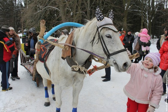 Festival-ledovih-skulptur-v-Minske-2013-18