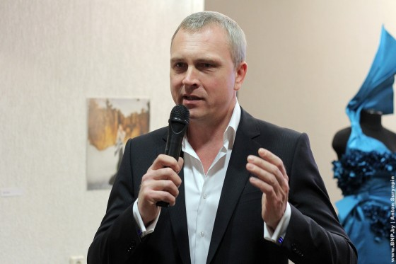 MONEYkenschici-iznanka-viistavka-v-Minske-13