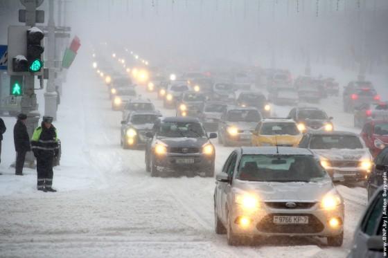 15-marta-Minsk-zamelo-snegom-10