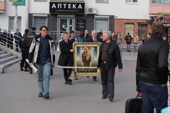 Charnobilski-shlyah-v-Minske-26-aprelya-01
