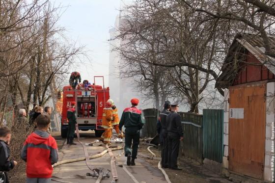 Pozhar-v-chastnom-dome-24-aprelya-05