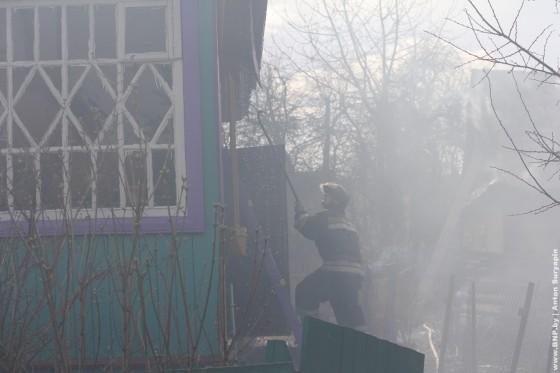 Pozhar-v-chastnom-dome-24-aprelya-14