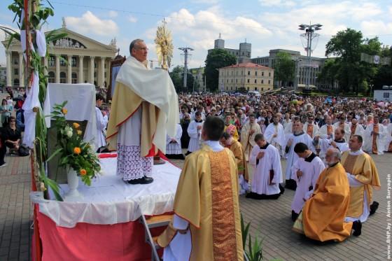 26-may-Katolicheskiy-prazdnik-v-Minske-14