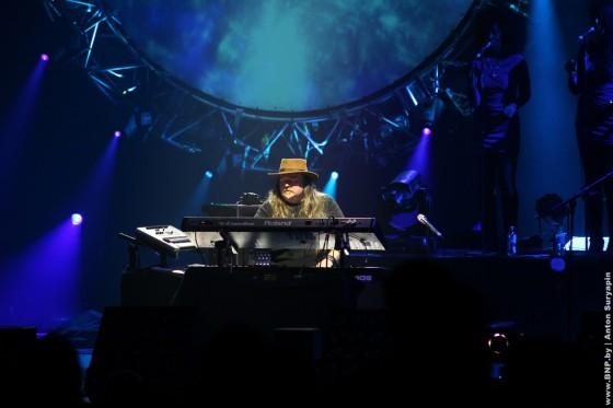 Pink-Floyd-v-Minske-25-maya-show-3