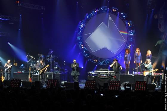 Pink-Floyd-v-Minske-25-maya-show-4