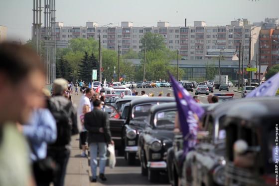 Retroavtomobili-v-Minske-11-maya-2013-01