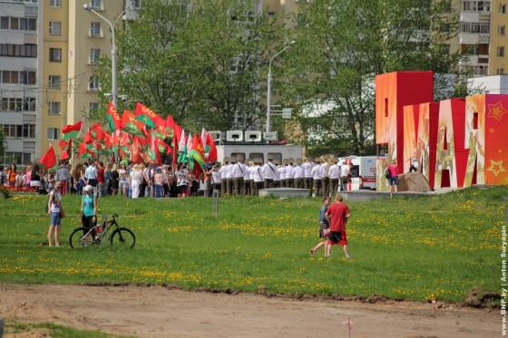 Retroavtomobili-v-Minske-11-maya-2013-13