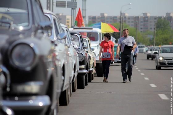 Retroavtomobili-v-Minske-11-maya-2013-14