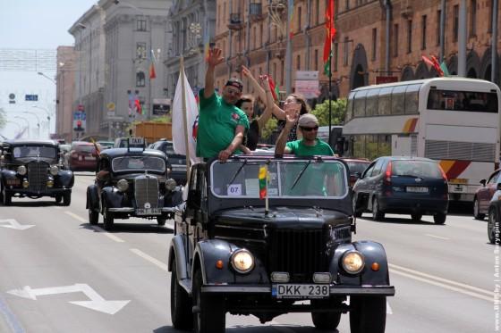 Retroavtomobili-v-Minske-11-maya-2013-19