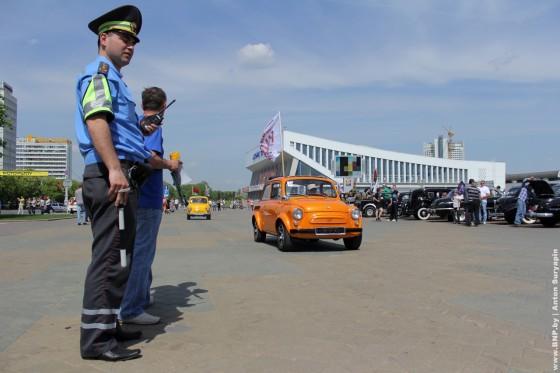 Retroavtomobili-v-Minske-11-maya-2013-21