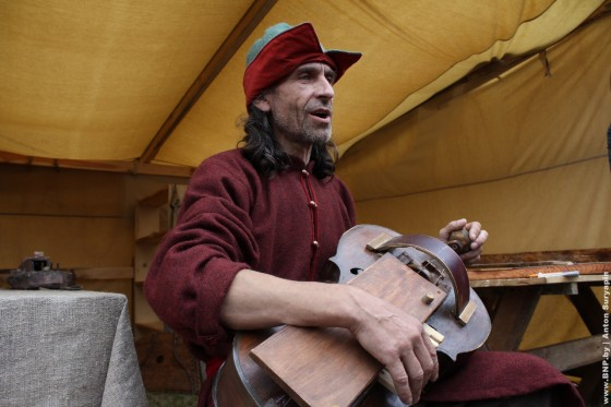Festival-Naslediye-vekov-v-Mire-2013-04