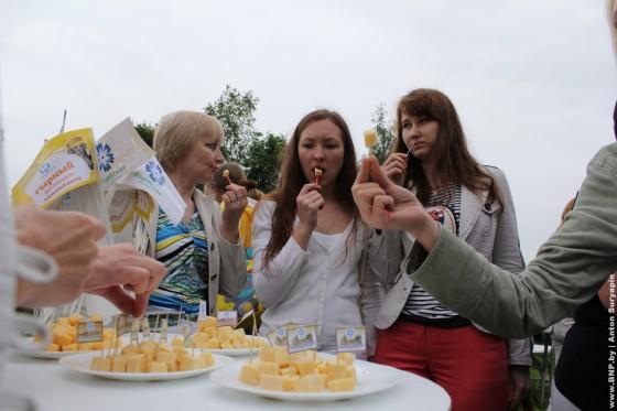 Perviy-sirniy-festival-proshel-pod-Minskom-03