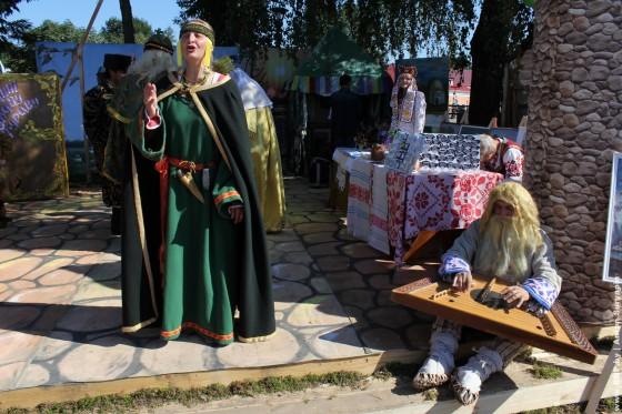 Dzen-belaruskay-pismennasti-Bukhov-1-sentebrya-2013-10