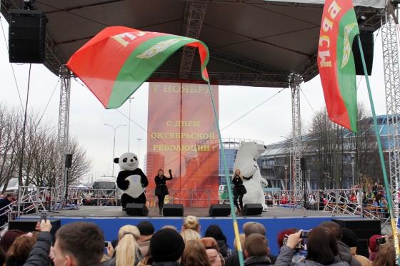 7-noyabrya-v-Minske-Chizhovka-arena-07