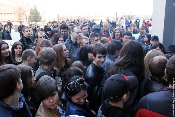 Kukriniksy-v-Minske-27-marta-sur-04