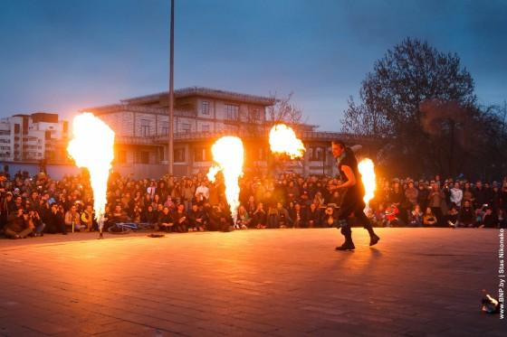 Fireshow-6-aprelya-v-Minske-Dvorec-molodezhi-02