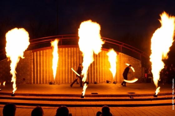 Fireshow-6-aprelya-v-Minske-Dvorec-molodezhi-12