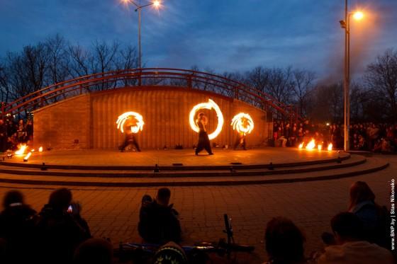 Fireshow-6-aprelya-v-Minske-Dvorec-molodezhi-14