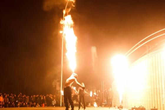Fireshow-6-aprelya-v-Minske-Dvorec-molodezhi-19